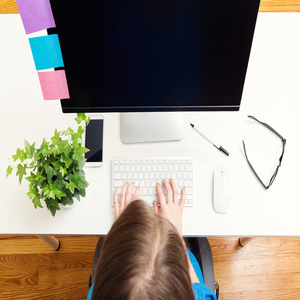 Top 7 Tips To be Productive While Working From Home (WFH)